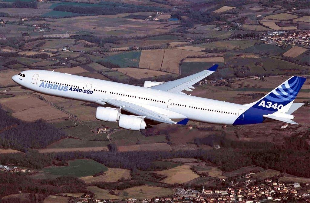 最远的商业民航飞机,直至2006年初才被波音777-200lrworldliner所取代