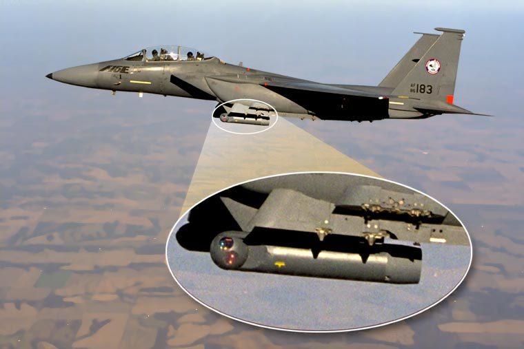 其它称做f-15的飞机   在第二次世界大战中,诺斯若普(northrop)